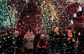 New Ohio Holiday Lights Trail Shines A Spotlight On States