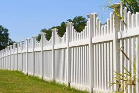 vinyl picket fence front yard. Another Lovely White Vinyl Picket Fence With Square Post Caps And A Small Curvature To Each Front Yard