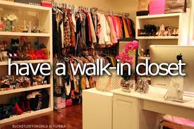 walk in closet for girls. Bucket List, Clothes, Girls, Teenagers, Walk-in Closet, Wardrobe Walk In Closet For Girls