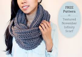 Knitted Scarf Patterns Using Bulky Yarn Adorable Chic Free Chunky Scarf Knitting Patterns Textured November Infinity