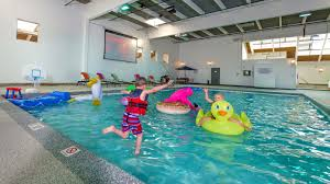 Indoor pool Rich Indoor Swimming Pool The Ridgeline Hotel Indoor Pool Wifi More Amenities At Ridgeline Hotel Estes Park