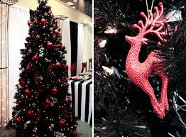 black white and red decorated christmas tree fucGa0BT