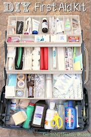 diy first aid kit thumb jpg