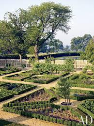 traditional garden by david kleinberg design associates and atelier co in philadelphia pennsylvania