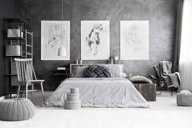 using paintings to decorate your house