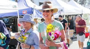 allison janney s flowers at farmers