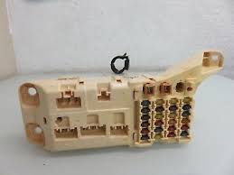 new oem gm fuse box relay junction block 84165235 89 99 picclick 98 00 lexus ls400 fuse box relay junction block panel oem