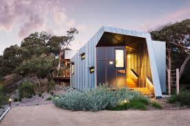 small beach house design w zinc cladding in mornington peninsula decorating a contemporary beach cottage