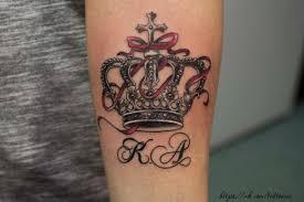фото корона тату для девушек