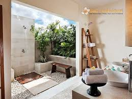 Outdoor Bathroom Rental Decoration