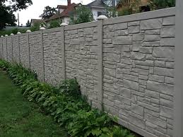 Perfect Vinyl Privacy Fence Ideas But With Far Less Maintenance Inside Design