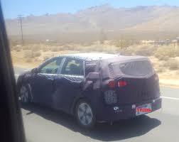 2018 kia niro plug in. perfect 2018 is this the 2017 kia niro plugin hybrid caught hot weather testing spy  photos  the fast lane car on 2018 kia niro plug in i