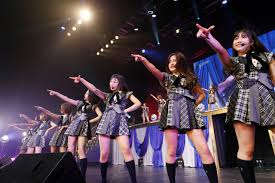 AKB48チーム8山田菜々美 口を滑らせ柏木由紀のダンスの真似を披露するハメに!小栗有以 セクシー自己紹介や相撲を無茶振り