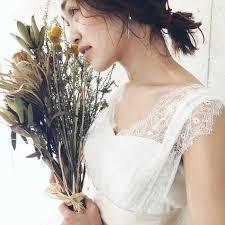 花嫁さん向け結婚式でアナタの魅力を最大限発揮ミディアム髪型