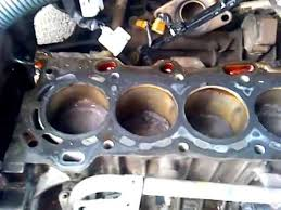 Toyota 1zz-FE Engine Internals Pt. I - YouTube