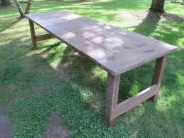 wax finish to an outdoor picnic table
