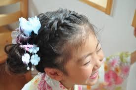 女の子浴衣にあう髪型簡単ロング編編み込みお団子アレンジ手作りの