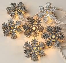 L741 · Glitter Snowflake String Lights