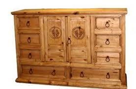 Mansion Fleur-De-Lis Queen Bed – Austin's Furniture Outlet