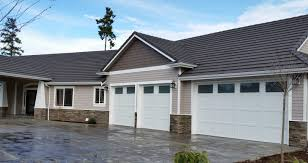 Traditional House Plans  Traditional Home Plans  Traditional Garages With Living Space