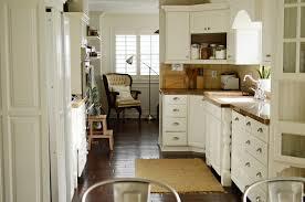 Dove White Kitchen Cabinets Paint Kitchen Cabinets White Or Cream Awsrxcom