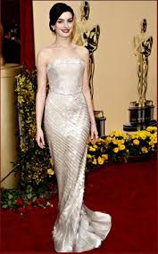 Red Carpet Hairstyles 4 Inspiration Anne Hathaway Hair And Hairstyle At The Oscars MyStyleBell Your