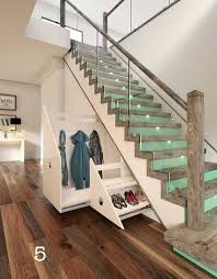 Traditional wooden staircase idea in Chicago