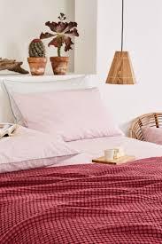 Raspberry Bedroom 17 Best Images About Past Seasons Bedroom Schlafen On