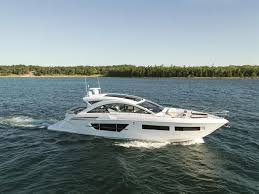 17 best images about boat super yachts motor yacht 2016 cruisers yachts 60 cantius