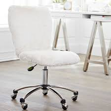 fluffy spinny chair good for comfy desk table seating