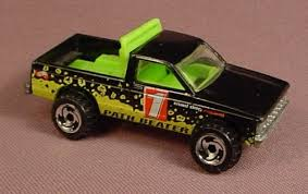 Hot Wheels 1982 Path Beater Pickup Truck, Black With Green Bed & Red ...