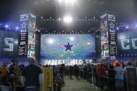 Ne Depth Chart Setting The Draft Table Projecting The Dallas Cowboys Depth