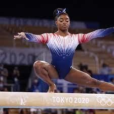US-Turnstar Simone Biles heimst ihre 32 ...