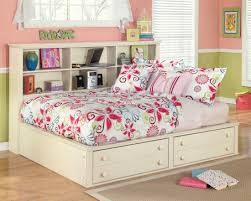 Cottage Retreat Youth Bedside Storage Bedroom Set from Ashley