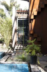 Callignee 2 Grand Designs A Beautiful Sustainable And Bushfire Proof Home Rises