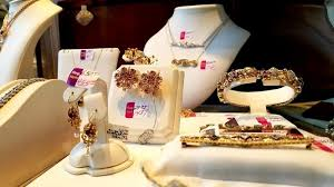 friedman s fine jewelry in mobile has focused on high end new jewelry and pieces from