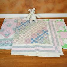 Vintage Handmade Quilts and Quilted Teddy Bear : EBTH & Vintage Handmade Quilts and Quilted Teddy Bear ... Adamdwight.com