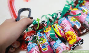 image titled make a candy lei step 15