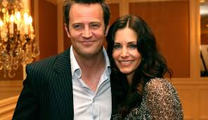 You might know courteney from tv shows and movies such as friends as monica geller. Khzixmao1ylg9m