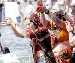essay writing tips to essay on kumbh mela surajkund mela provides its ors the skilful and exquisite textiles paintings ivory work wood stock terracotta pottery lac work grass work and