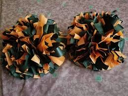 DIY: Cheer Pom Poms - YouTube