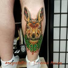 фото татуировки кролик в стиле нью скул цветная этника татуировки