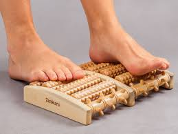 zenkuru wooden foot massage roller