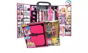 Đồ chơi độc: búp bê Ken Barbie và tủ đồ 30 phụ kiện