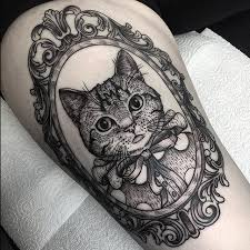 cat frame tattoo Ideas De Tatuajes Pinterest Blackwork Framed