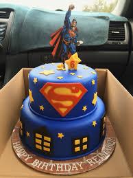 Superman Fondant Cake Design Superman Birthday Cake With Fondant Decorations Superhero