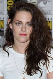 Kristen Stewart, la vampira más grunge de la gran pantalla - kristen-stewart-hair-4-888476_H162210_L