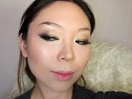 honey bee inspired makeup