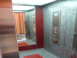 Espejos en los elevadores: Teoría de la Decisión