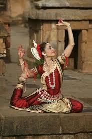 oriental odissi dance ay odisha orissa clical indian dance bharatanatyam apsara khmer cambodian ballet flexibility strength handsmove modras